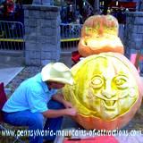 DelGrosso Parks Harvestfest pumpkin carving