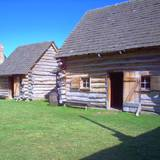 photo of cabins at Central Pennsylvania historic landmark Fort Roberdeau