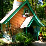 crooked house at Fantasy Forest Idlewild Park