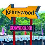photo of a sign pointing to Kennywood Park
