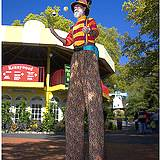 photo of a juggler on stilts at Kennywood Park