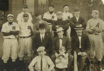 PA RR baseball team abt 1910