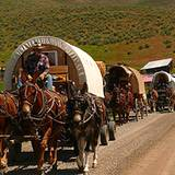 photo of a caravan of Appalachian Wagon Train participants
