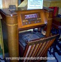 Antique Philco radio on display at The Huntingdon County Fair